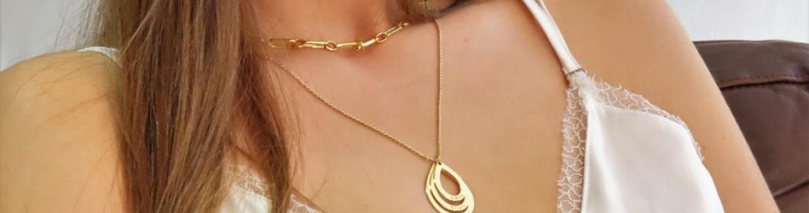 Special shaped necklaces