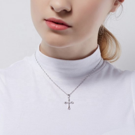 Cross PendantNecklace in 925 sterling silver and cubic zirconia