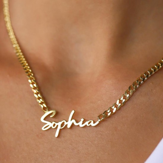 script name necklace with gourmet chain in gold plating