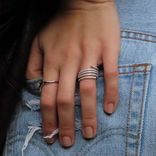 sterling silver spirale ring with cubic zirconia