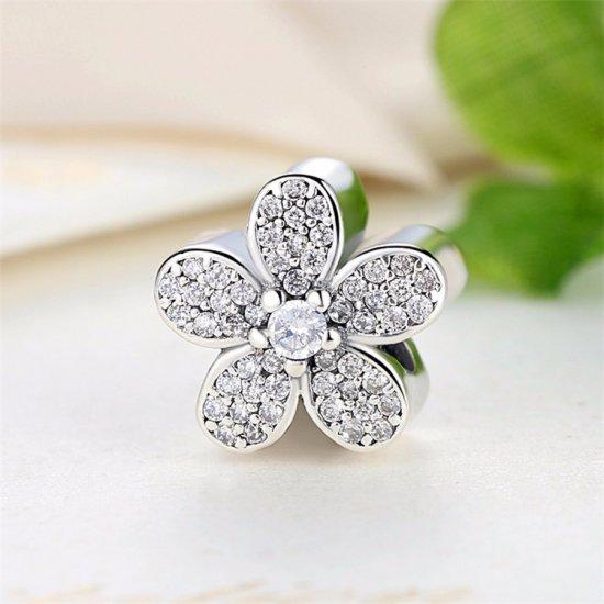 Flower bead with zirconia